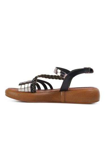 Castle Black R10014 Siyah Kadın Sandalet Siyah